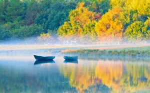 Autumn Peaceful Lake Tree Early Morning Misty Boat Fog Landscape Mist Colors Splendor Leaves Water Mountains Boats Nature Trees Fall Reflection Beauty Beautiful Lovely Foggy View Fence Wallpaper